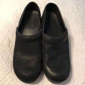Bjorndal clogs size 9 1/2